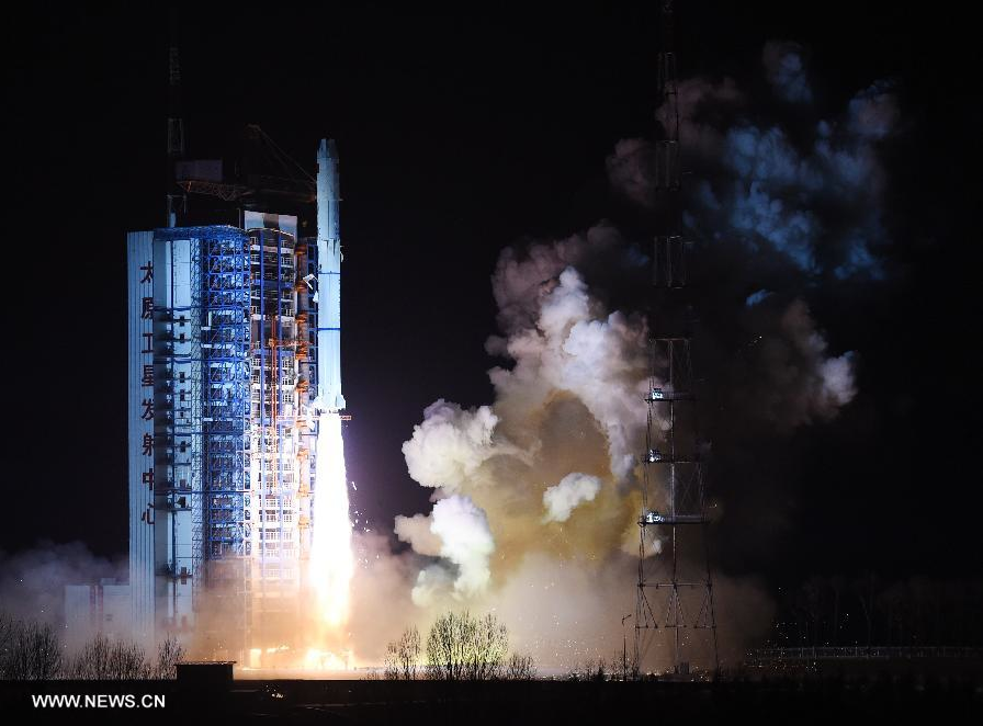 The Long March 2C rocket lifts off at 2:53 a.m. Beijing time Saturday (1853 GMT Friday) from the Taiyuan launch center. Credit: Xinhua