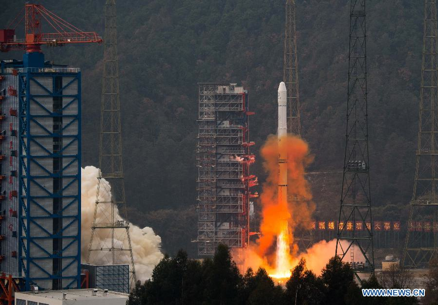 A Long March 3A rocket launched at 0102 GMT Wednesday (8:02 p.m. EST Tuesday) with the Fengyun 2G weather satellite. Credit: Xinhua