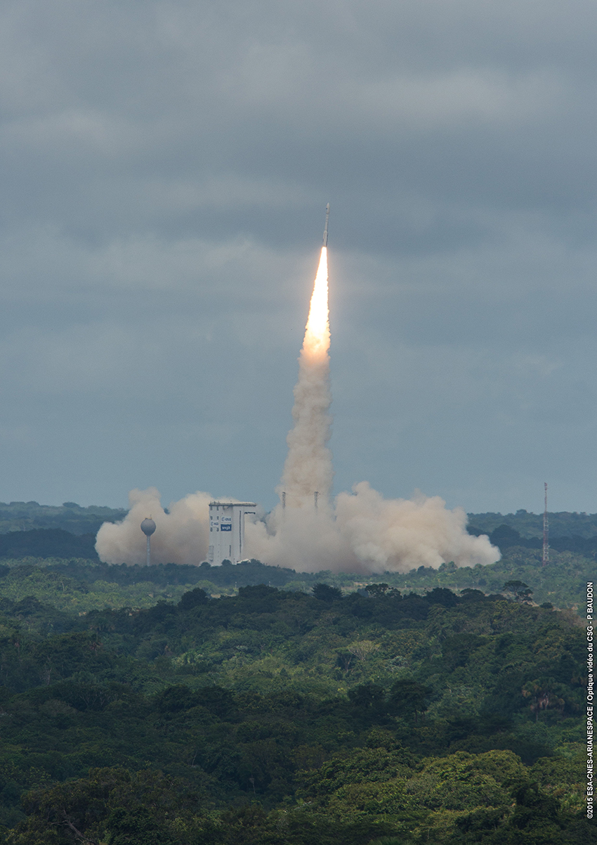 The Vega rocket lifts off with the Intermediate Experimental Vehicle at 1340 GMT (8:40 a.m. EST; 10:40 a.m. local time). Credit: ESA/CNES/Arianespace – Photo Optique Video du CSG – P. Baudon