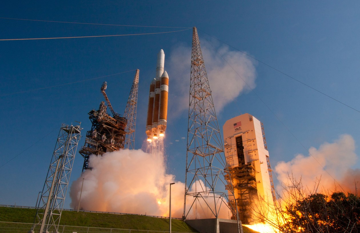 Delta 4-Heavy selected for launch of solar probe ...