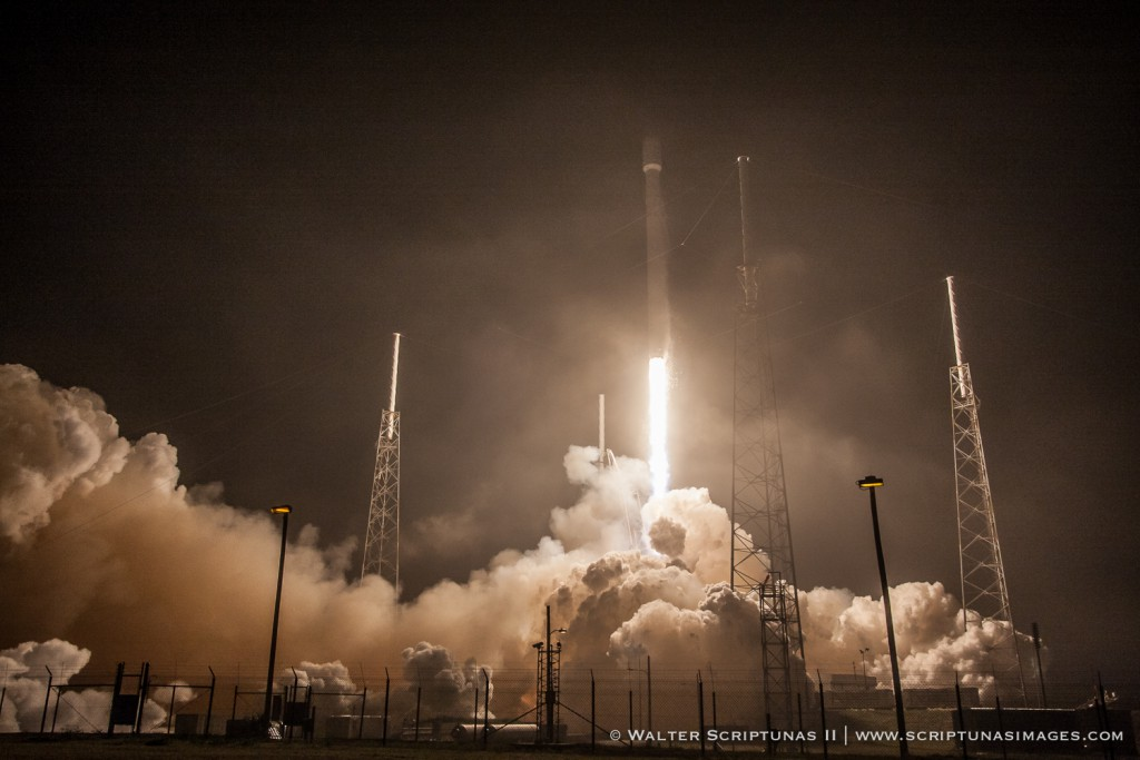 Scriptunas_SpaceX_Eutelsat-0033