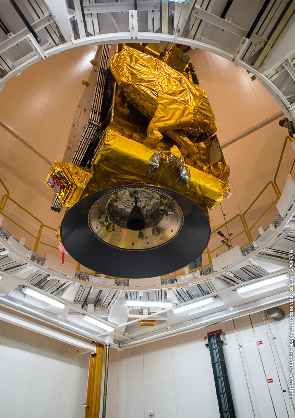 The DirecTV 15 satellite will ride in the upper position of the Ariane 5's dual-payload stack. Credit: ESA/CNES/Arianespace – Optique Video du CSG – S. Martin