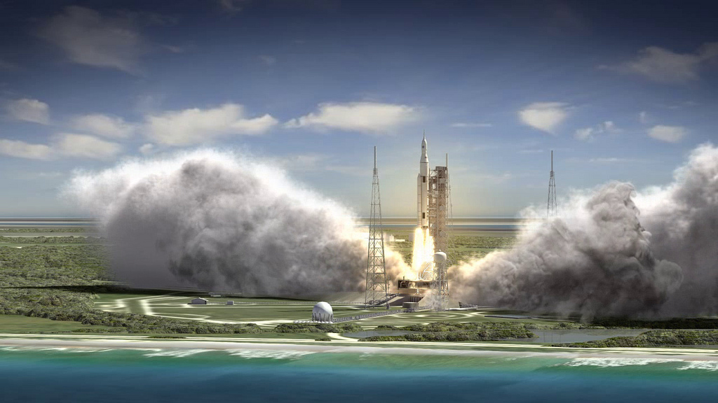 Artist's concept of NASA's Space Launch System. Credit: NASA/MSFC