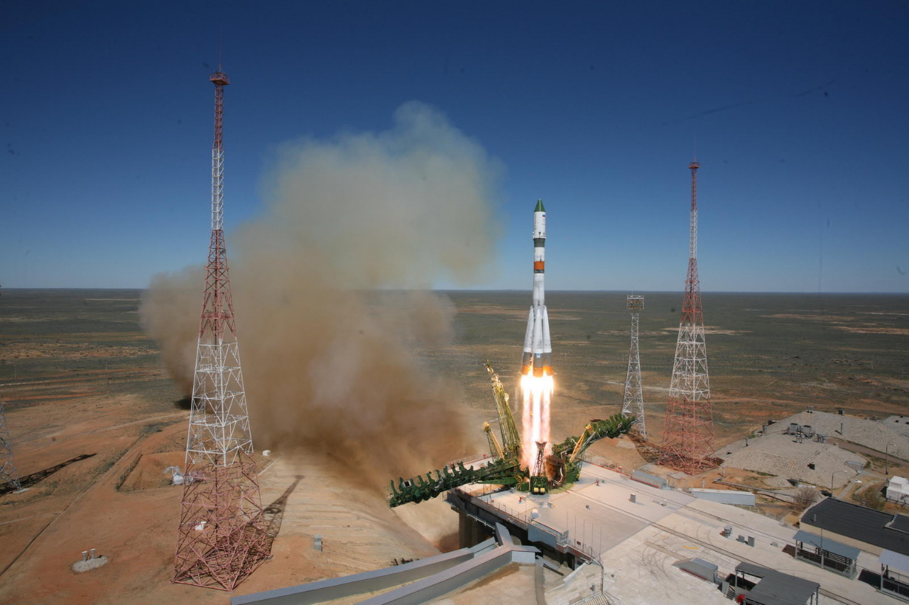 The Progress M-27M spacecraft lifted off April 28 from the Baikonur Cosmodrome. Credit: TsENKI