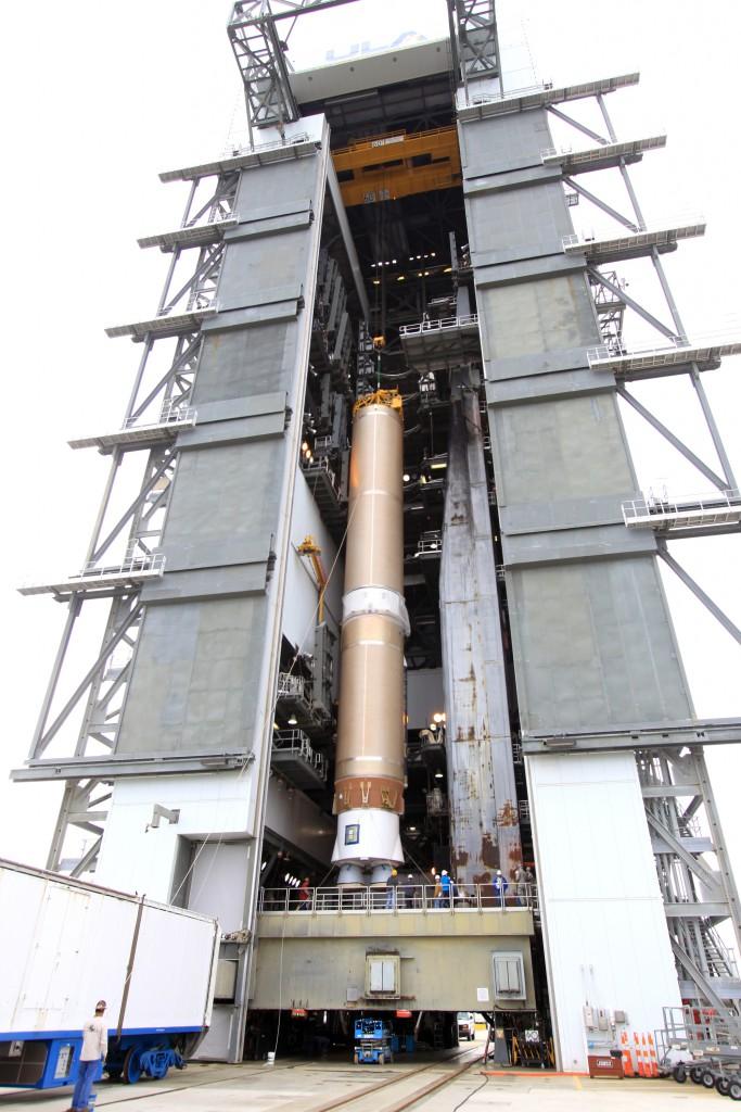 File photo of stacking. Credit: NASA-KSC