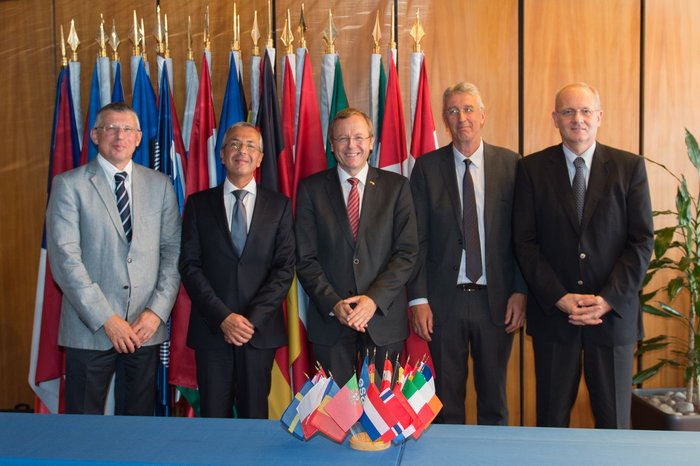 Officials from ESA, CNES and industry signed contracts for development of the Ariane 6 and Vega C rockets in Paris on Aug. 12. From left to right: Alain Charmeau, CEO/President of ASL; Pierluigi Pirrelli, CEO of ELV; Jan Woerner, ESA Director General; Gaele Winters, ESA's Director of Launchers; and Jean-Yves Le Gall, President of CNES. Credit: ESA–N. Imbert-Vier, 2015