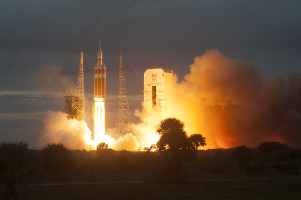 The first Orion test flight launched Dec. 5, 2014, on a United Launch Alliance Delta 4-Heavy rocket. It flew without a functioning service module. Credit: ULA