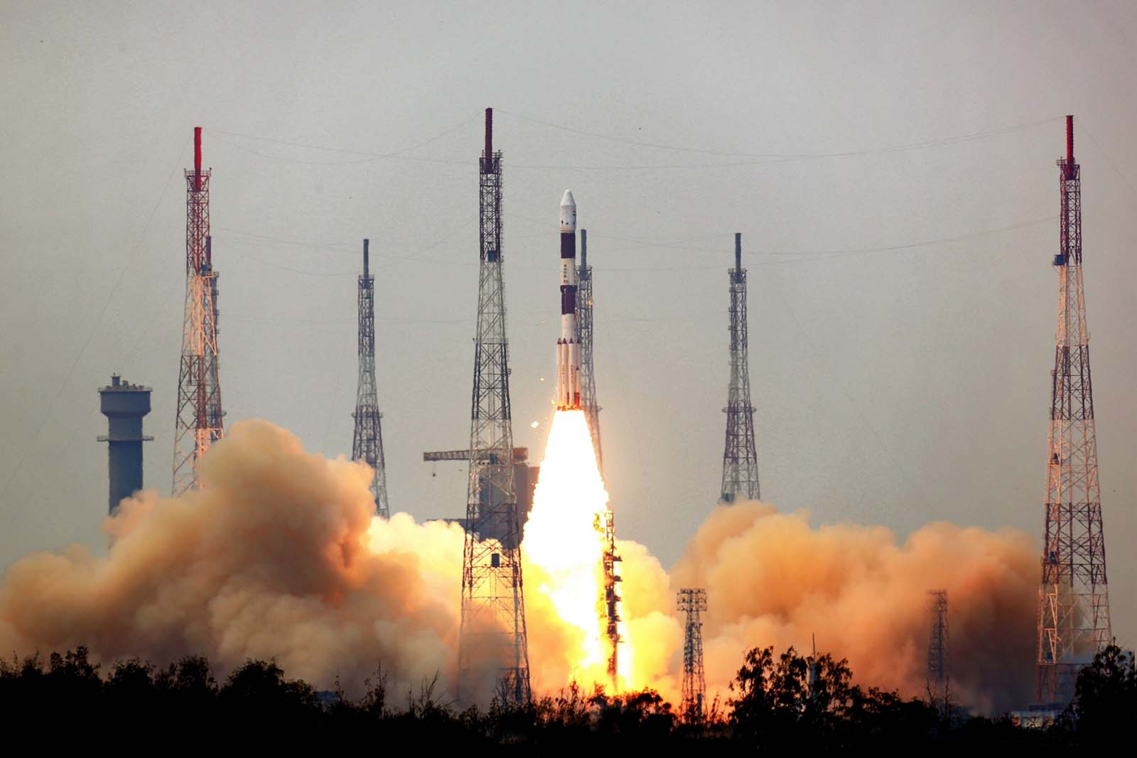India's Astrosat mission launched on a Polar Satellite Launch Vehicle at 0430 GMT (12:30 a.m. EDT; 10 a.m. Indian time) Monday. Credit: ISRO