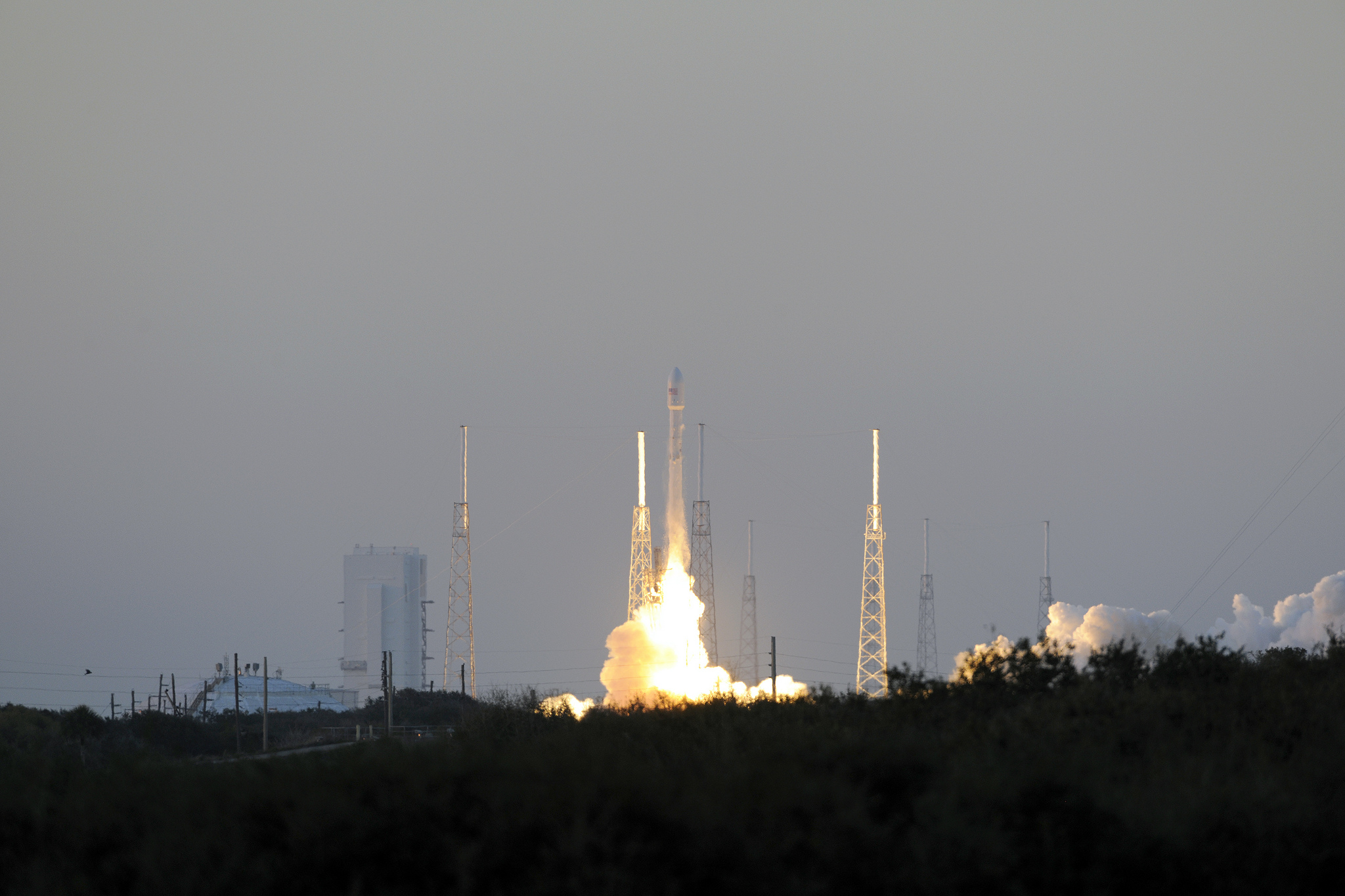File photo of a Falcon 9 launch in February 2015. Credit: NASA/KSC