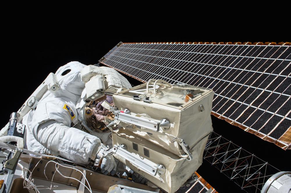 Astronaut Scott Kelly during the Nov. 6 spacewalk. Credit: NASA