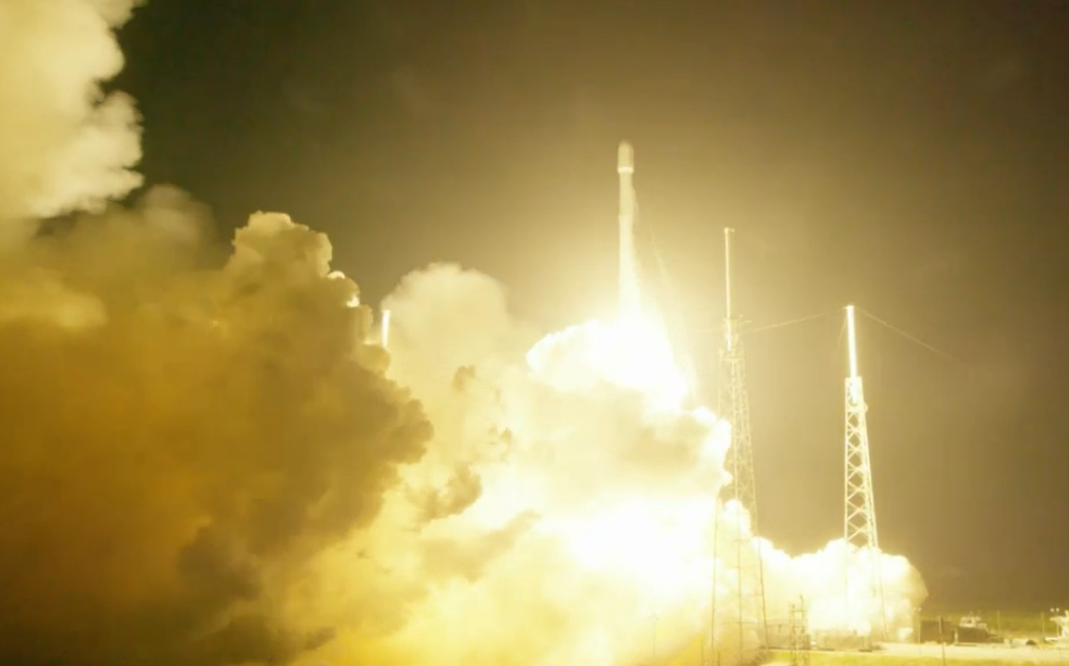 The Falcon 9 blasts off on its 20th mission Monday. Credit: SpaceX