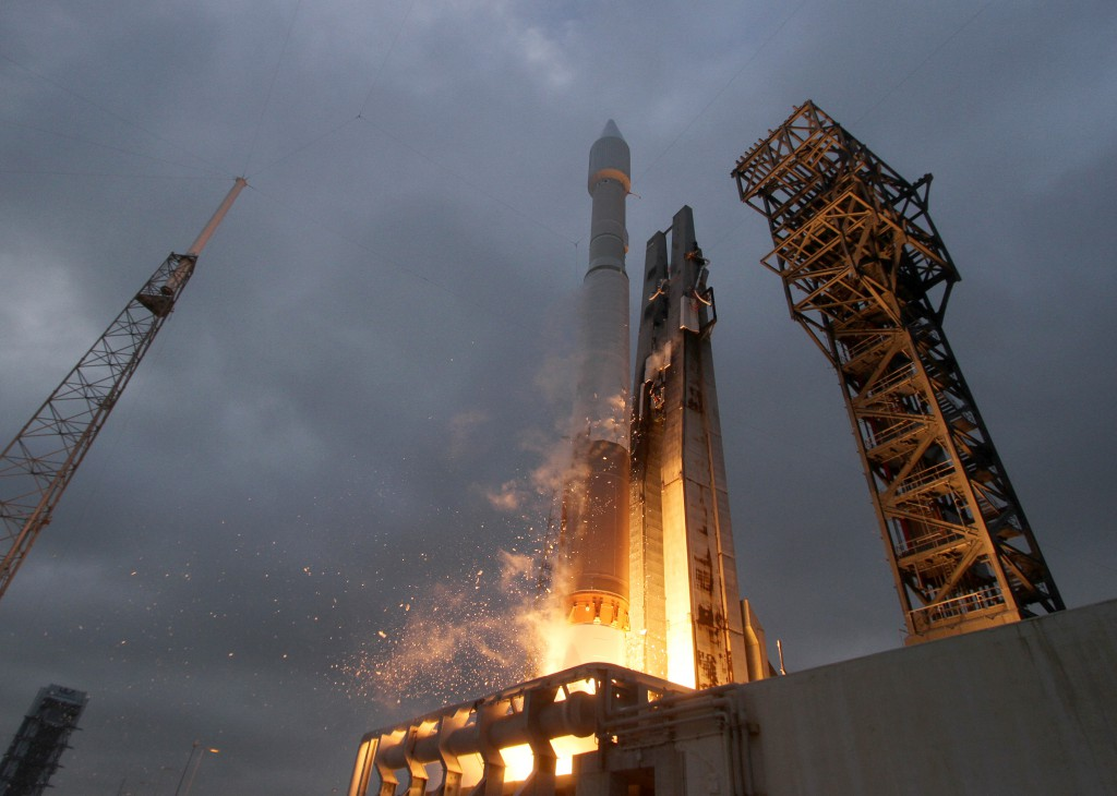 The most recent Atlas 5 launch with the crew access tower. Credit: ULA