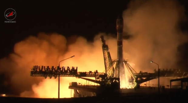 A Soyuz rocket lifts off at 1856 GMT (2:56 p.m. EDT) with the Resurs P3 Earth observation satellite. Credit: TsENKI TV