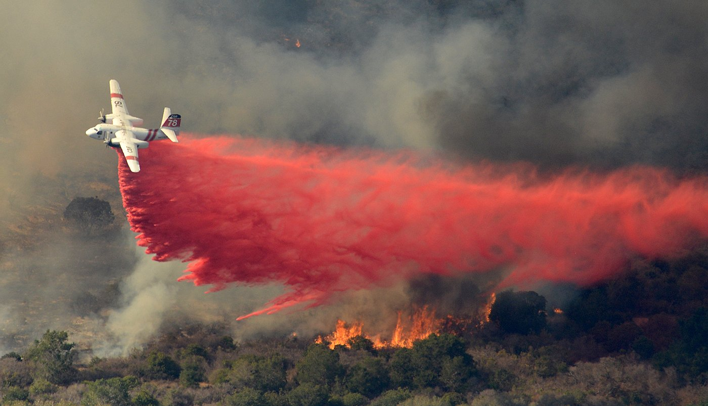 Tesla >> Containment of Vandenberg wildfire begins as hundreds of firefighters battle – Spaceflight Now